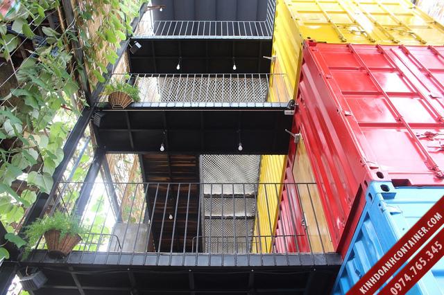 khách sạn container - bộ khung bên ngoài